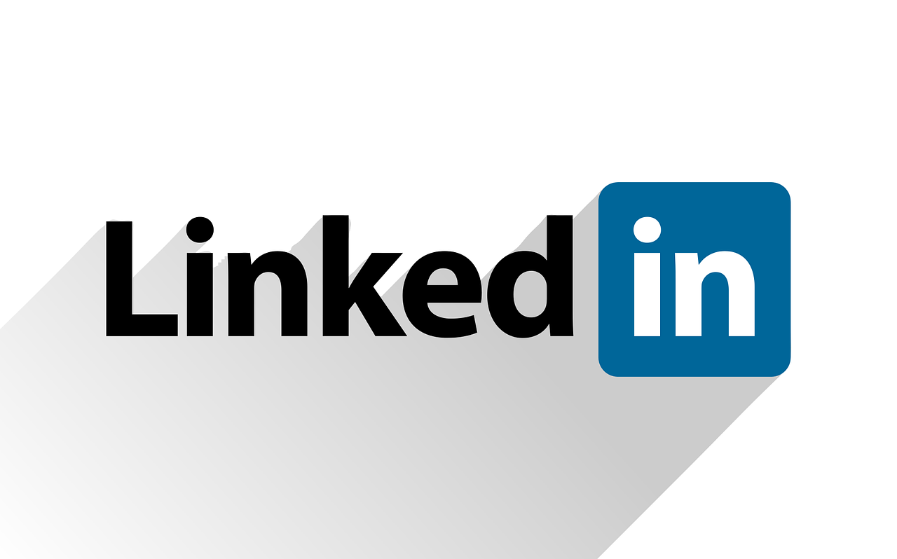 9 Basic Tips to Stand Out and Have More Visibility on LinkedIn